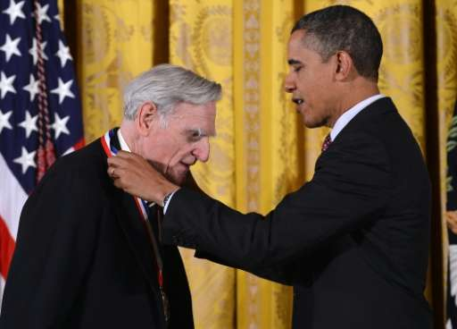 US President Barack Obama awards John Goodenough, inventor of the rechargeable lithium ion battery, with the National Medal of S