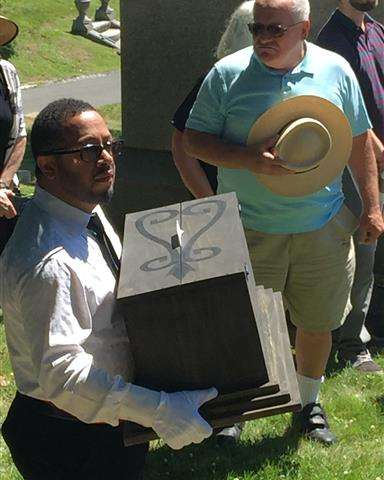 14 long-forgotten slave remains reburied in NY ceremony (Update)