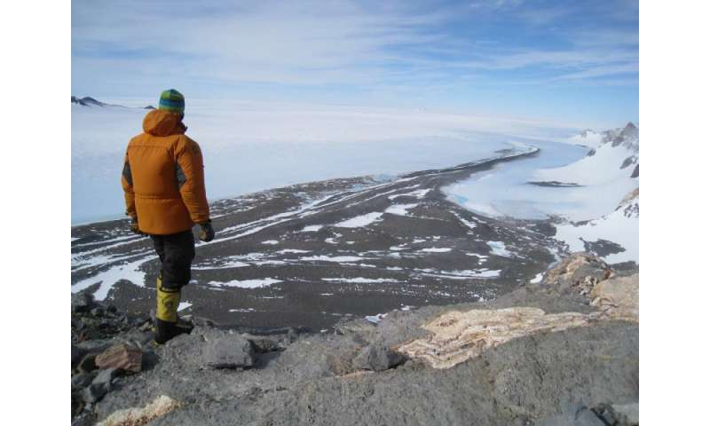 Antarctic study identifies melting ice sheet's role in sea level rise