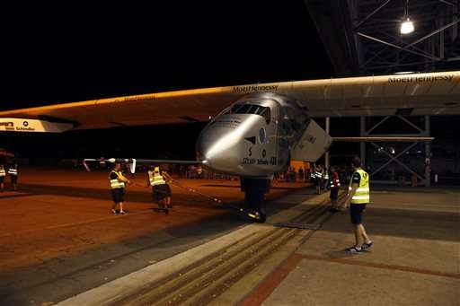 Crew prepares to fly solar plane from Hawaii to California