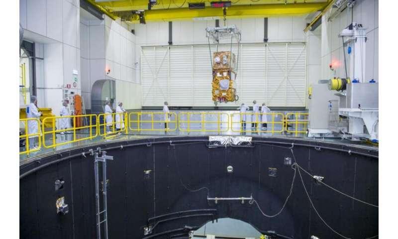 Image: Sentinel-2B entering LSS