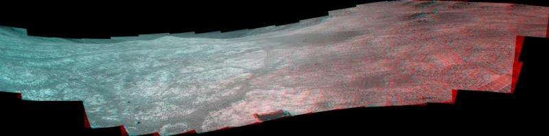 Rover Opportunity wrapping up study of Martian valley