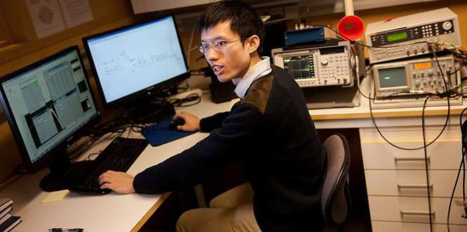 Using new technology to map signals in the brain