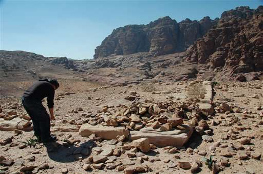 Archaeologist points to hidden monument in Jordan's Petra (Update)
