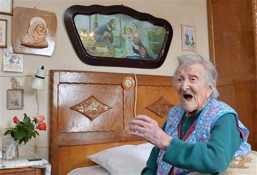 Italian woman, 116, seen as last living person born in 1800s
