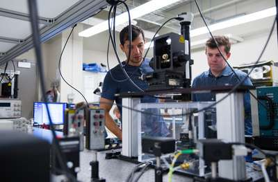 Physicists create nano-sized device with huge potential in field of quantum computing