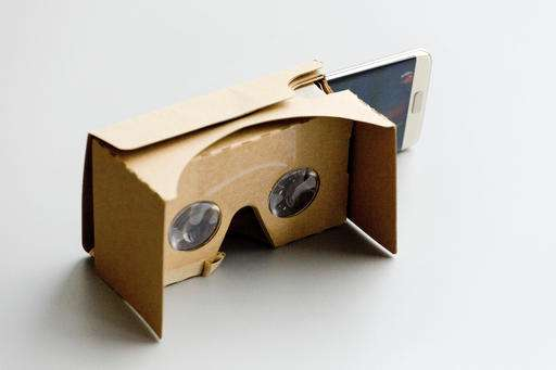 VR on the cheap: How to watch without a headset