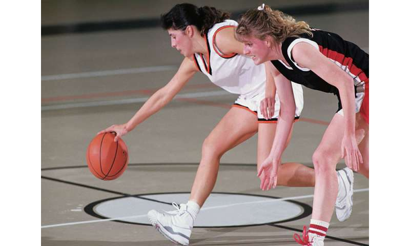 3 health issues that can threaten young female athletes