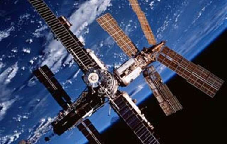 Amateur astronomers say Chinese space station could crash to Earth – are they right?