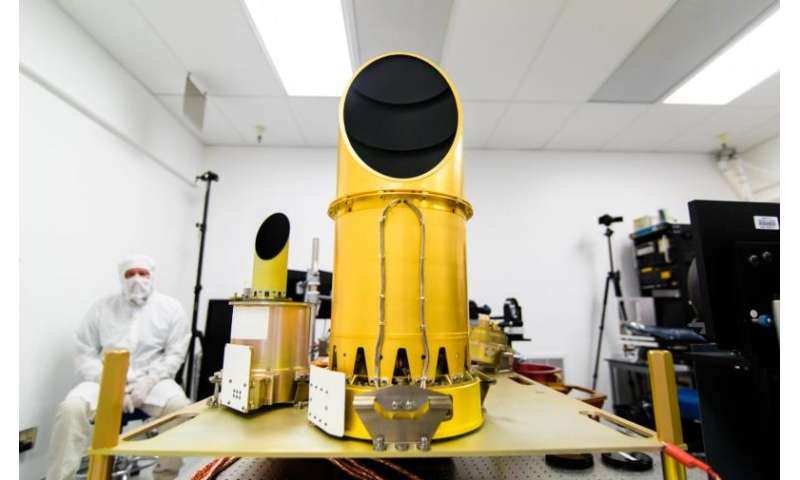 NASA scientists see asteroid through the eyes of a robot