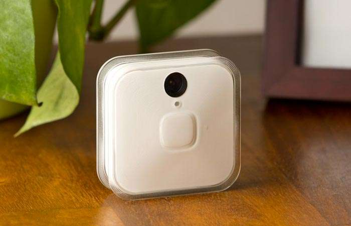A security camera with no strings attached