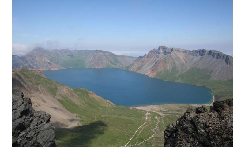 New look at Mount Paektu eruption suggests it released far more sulfur than thought