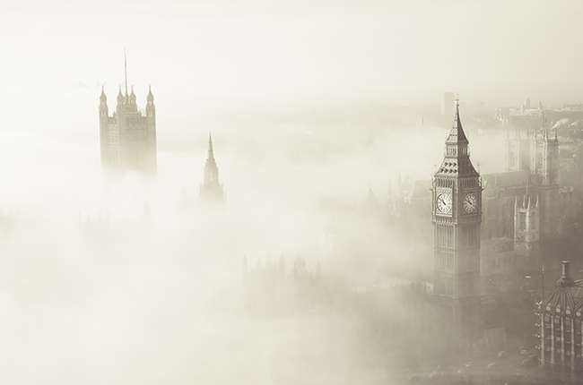 Researchers solve mystery of historic 1952 London fog and current Chinese haze