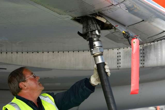 Aeronautics professor discusses the first global standards for aircraft emissions