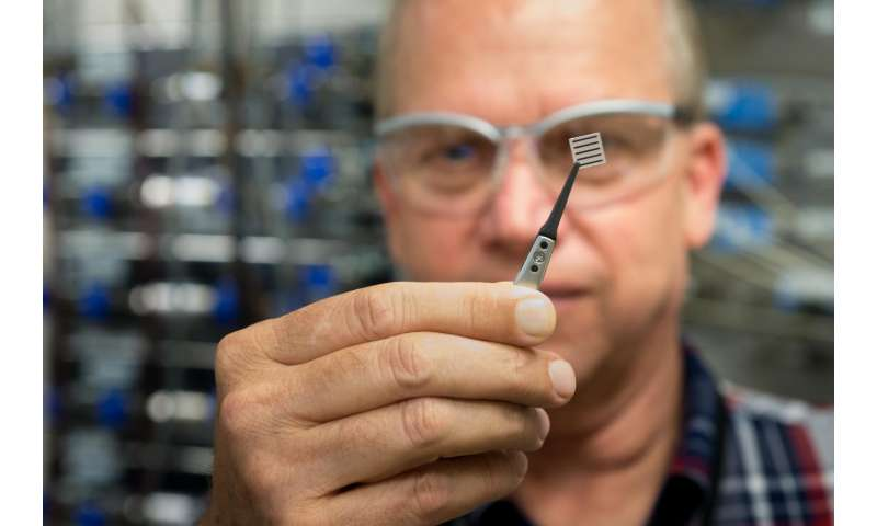A new way to control oxygen for electronic properties