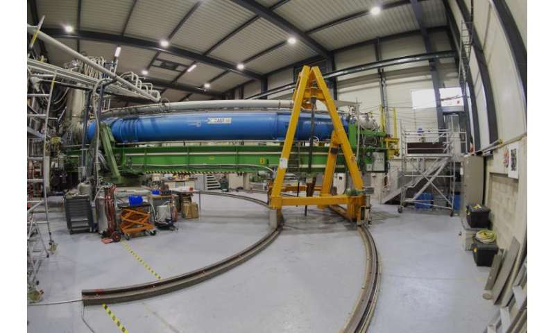 Black hole aligns with sun and CERN telescope