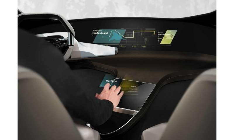 BMW HoloActive Touch system with its free-floating display to be shown at CES