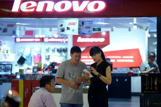 Chinese computer maker Lenovo maintained its top position in the market, shipping nearly 15.4 million PCs in the final quarter o