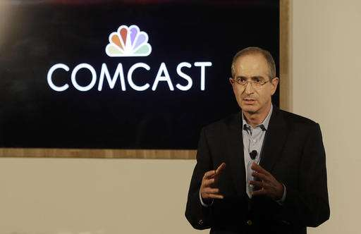 Comcast plans to launch wireless service next year