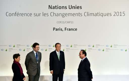 Dignitaries including French President Francois Hollande and United Nations Saecretary General Ban Ki Moon arrive to the COP 21,