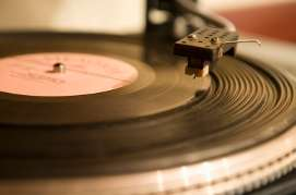 Does music sound better on vinyl records than on CDs?