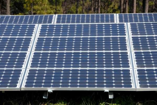 Driving toward more efficient solar cells