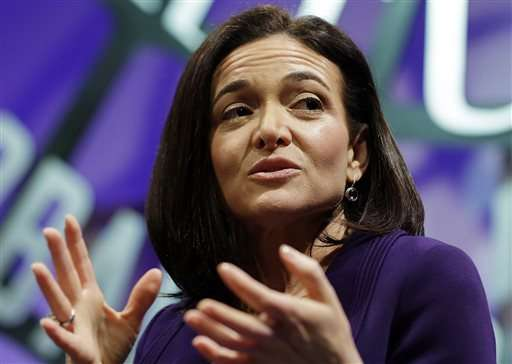 Facebook's No. 2 exec pays tribute to single mothers