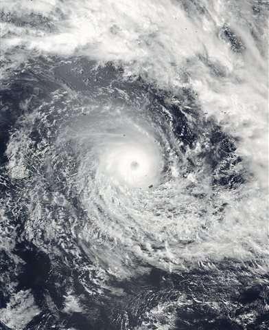 Fiji hunkers down as formidable cyclone nears main islands