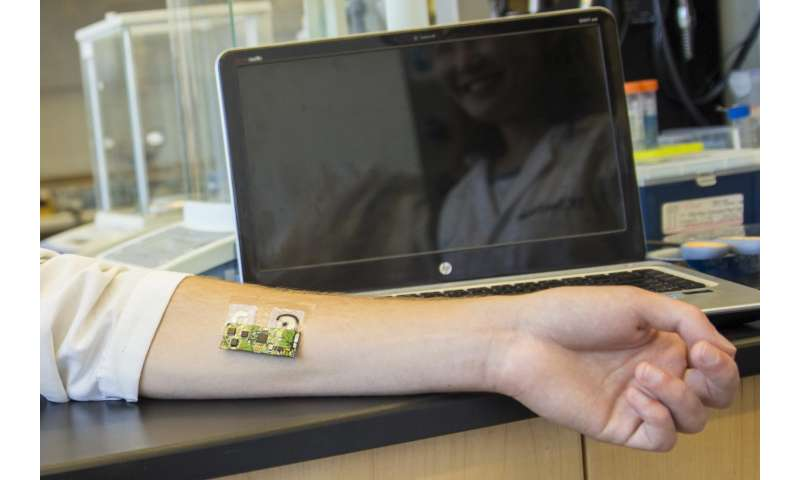 Flexible wearable electronic skin patch offers new way to monitor alcohol levels