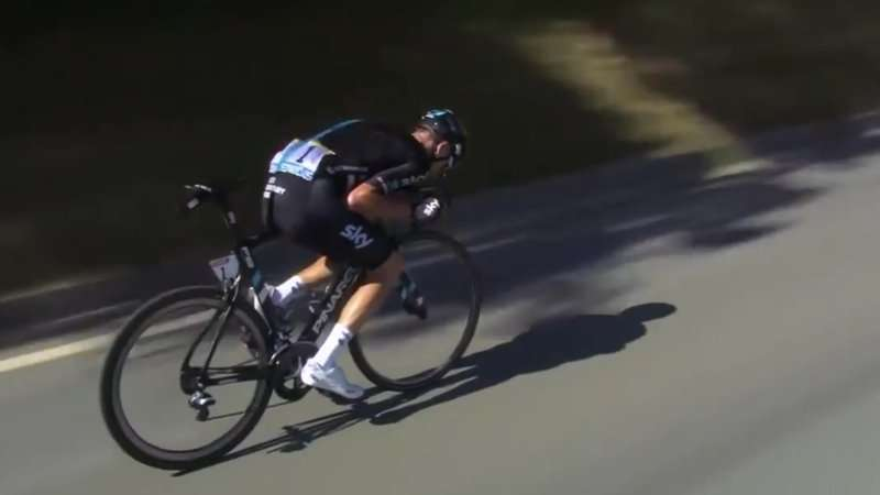 Froome's precarious posture not an aerodynamic gain