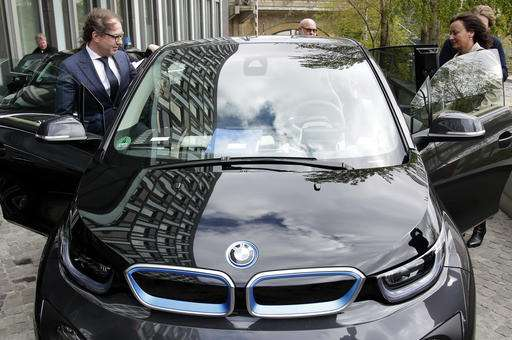 Car In German >> Germany To Subsidize Electric Cars To Help Own Auto Industry