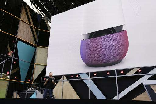 Google readies new phones, gadgets featuring its software