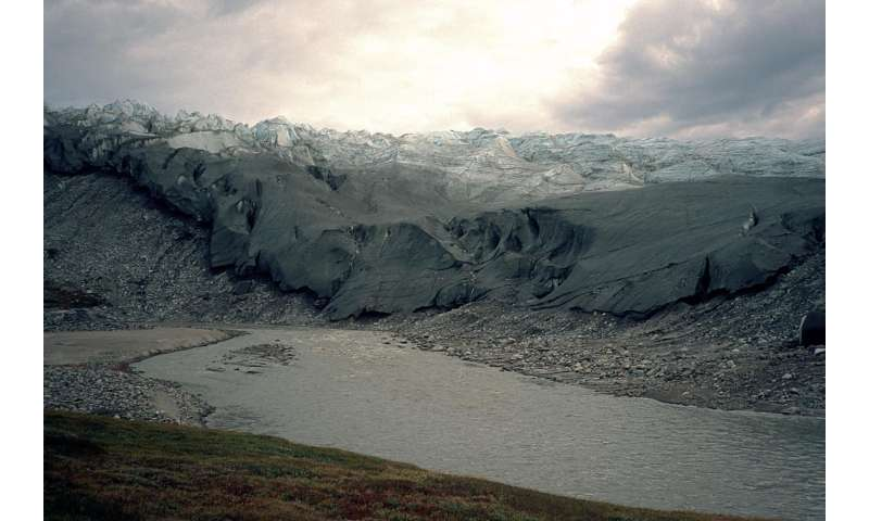 Greenland sets melt records in 2015 consistent with 'Arctic Amplification'