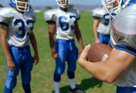 Health issues among football players focus of expert analysis