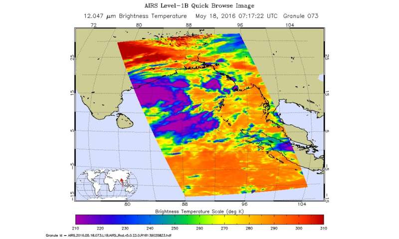 Heavy rainfall precedes the development of 01B in the N. Indian Ocean