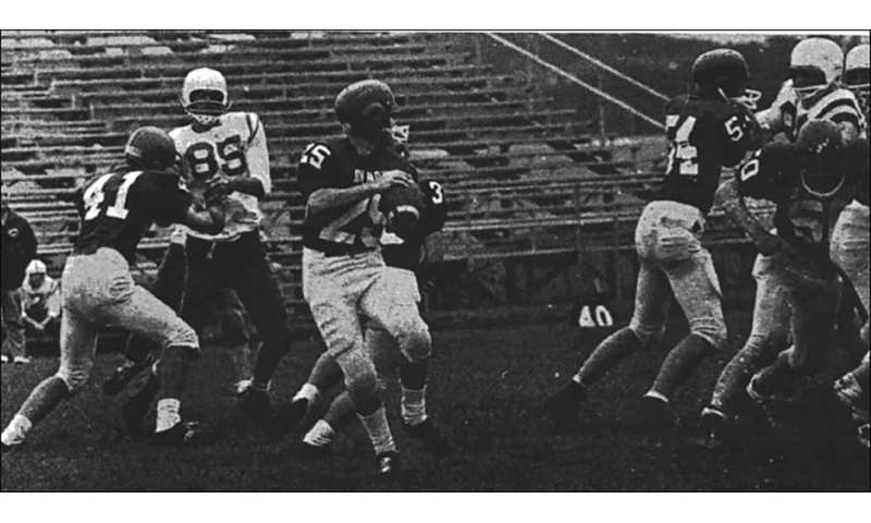 High school football players, 1956-1970, did not have increase of neurodegenerative diseases: study