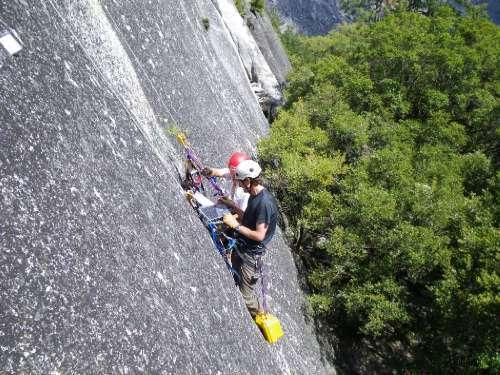 Hot days can trigger Yosemite rockfalls