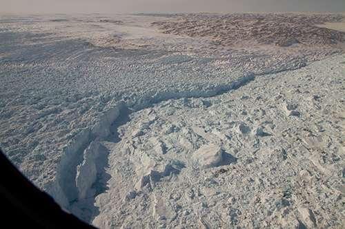 Huge ancient river basin explains location of the world's fastest flowing glacier