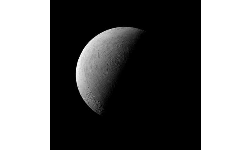 Image: A half-Enceladus