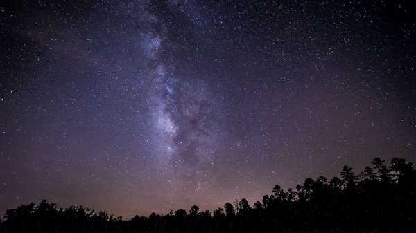 """Initiative to create """"dark sky parks"""" by keeping areas free from artificial light"""