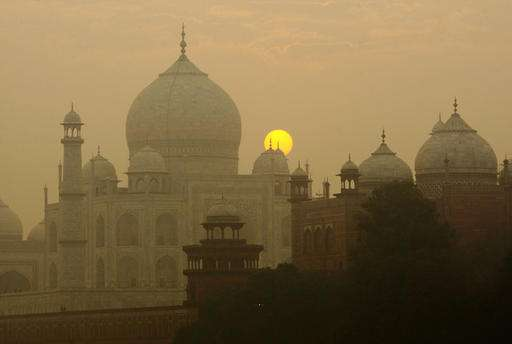 Insect poop threatens to damage marble at India's Taj Mahal