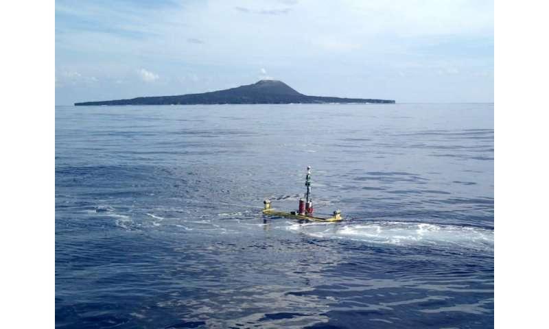Island volcano monitoring system tested at Nishinoshima