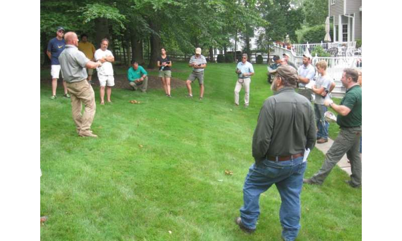 Landscapers benefit from organic land care extension program