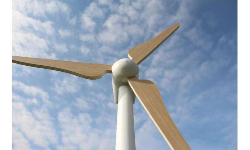 Lightweight rotor blades made from plastic foams for offshore wind turbines