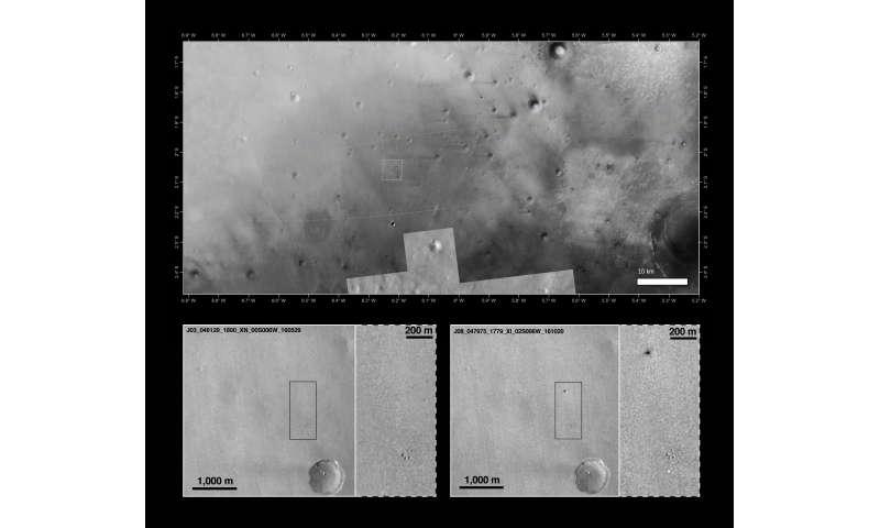 Mars Reconnaissance Orbiter views Schiaparelli landing site