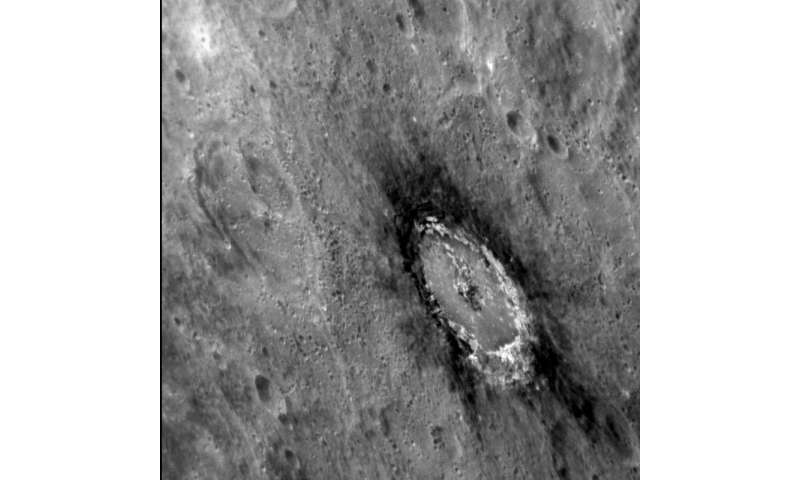 Mercury's mysterious 'darkness' revealed