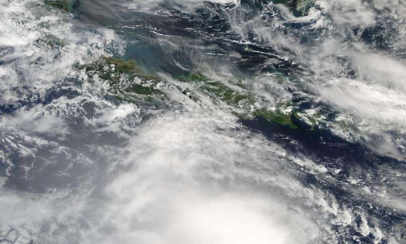 NASA finds heavy rainfall area increasing in Tropical Cyclone Yvette