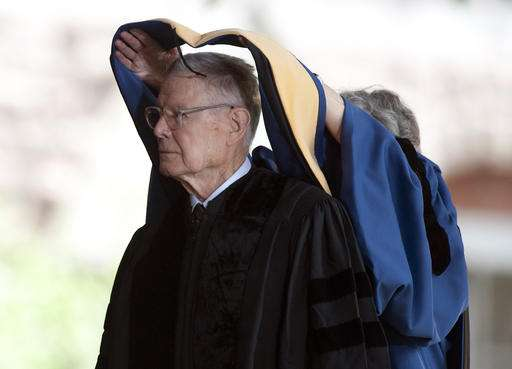 Nobel-winning economist Thomas Schelling dies at 95