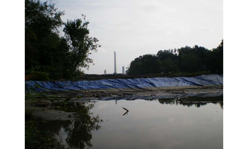 Oxygen key to containing coal ash contamination