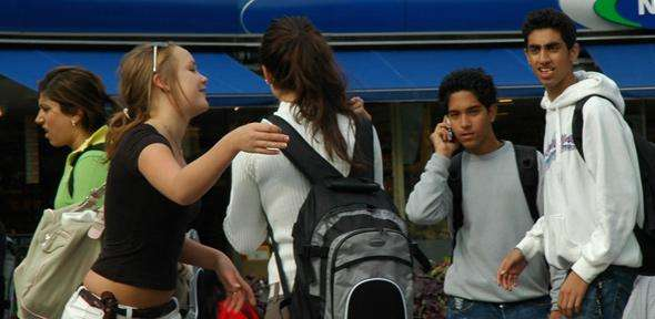 Positive teacher-student relationships boost good behaviour in teenagers for up to four years